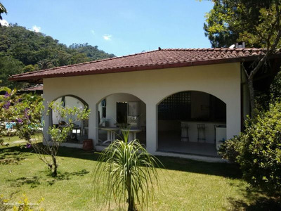 Casa Para Venda Em Teresópolis, Agriões De Dentro - Ca060