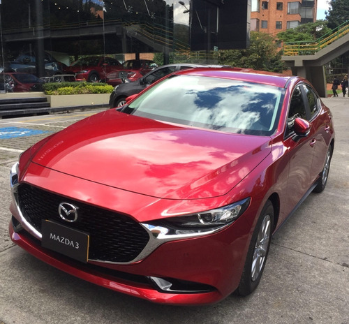 Mazda 3 Touring Sdn Aut. *na127*