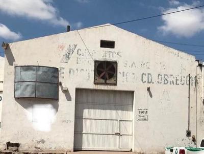 Se Renta Bodega En Col. Centro.
