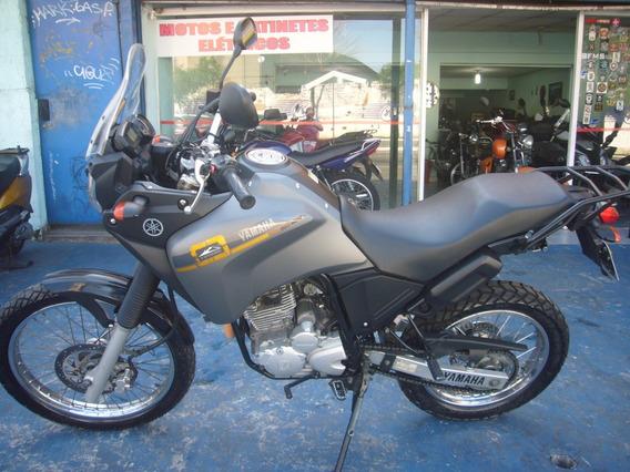 Yamaha Xtz 250 Tenere Cinza Ano 2015 R$ 13.999 Troco