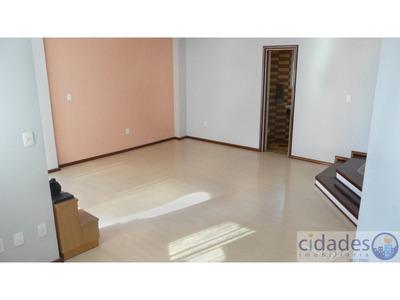 Apartamento No Bairro Centro Em Florianópolis - Cace570