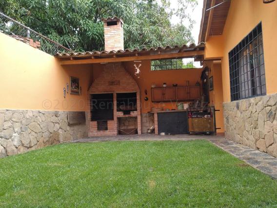 Casa En Venta Av La Salle Barquisimeto 21-477 A&y