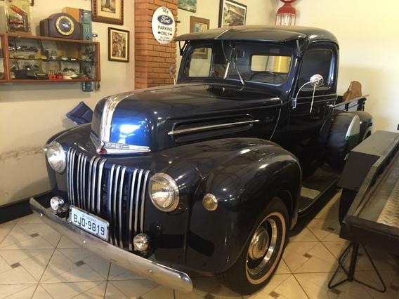 Pick Up Ford 1945 ( Caveirinha )