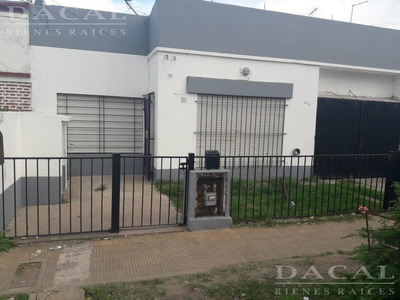 Casa En Venta En La Plata 66 E/ 153 Y 154 Dacal Bienes Raices
