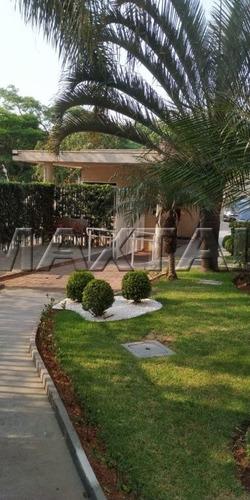 Apartamento Sacada - 2 Dormitórios - 1 Vaga - Lazer De Clube  - Mi82731