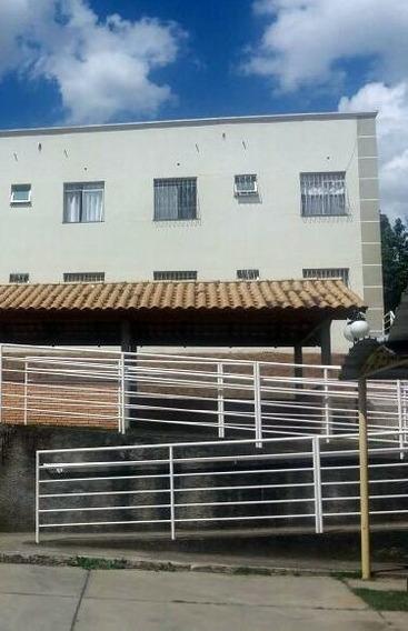 Oportunidade Única - Apartamento 02 Quartos - Bairro Bom Retiro - 2068