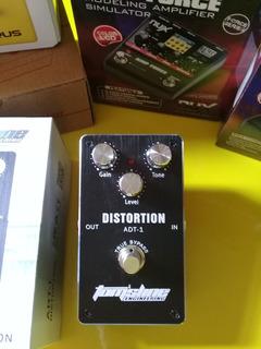 Pedal De Distorsion Para Guitarra Toms Line Adt-1 T/ Nux