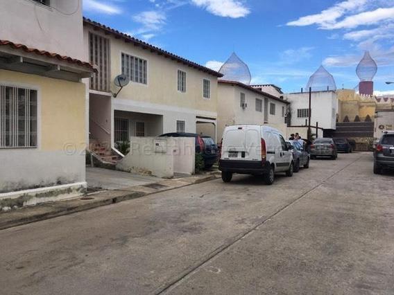 Apartamento En Venta Urb. Las Orquídeas- Maracay 21-2137ejc