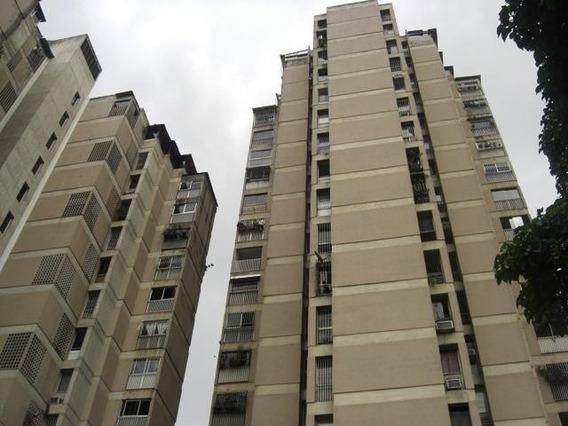 Cómodo Apartamento En Venta Los Dos Caminos 20-8840