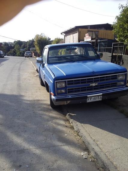 Chevrolet Custom Delux 1987