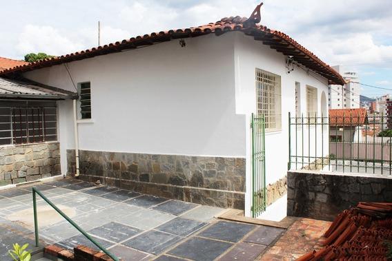 Casa 03 Quartos, Habite-se - Sagrada Família - 2654
