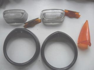 4 Antiguo Plastico Farol Peugeot 404 No Insignia Faro Luz