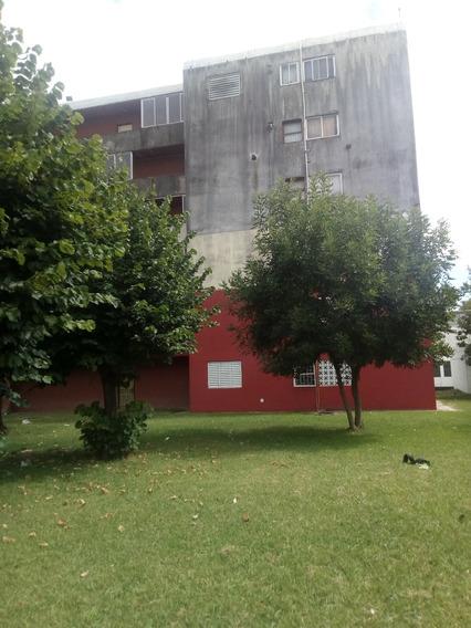 Venta De Departamentos 4 Dormitorios En La Plata.