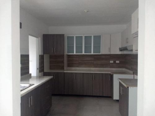 Renta Casa En Valle Del Oriente, Saltillo