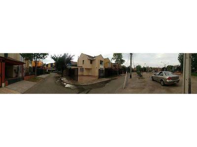A Pasos Avenida Lo Marcoleta.