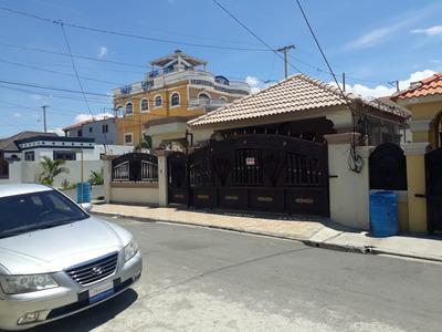 Vendo Casa En Los Prado De Santiago