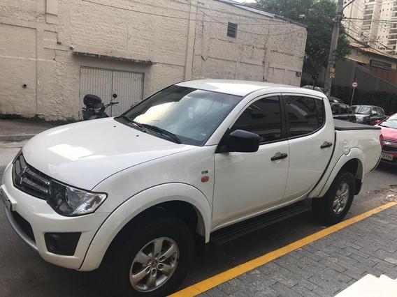 Mitsubishi L200 Triton - 2015/2015 2.4 Hls 4x2 Cd 16v Flex 4
