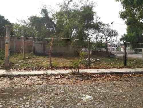Terreno Habitacional Cerca De Avenida Niños Héroes