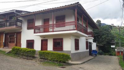 Hermosa Casa Unifamiliar Esquinera En Jardin Antioquia