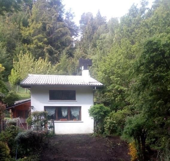 Casa En Lote De 5.176 M2 En Un Barrio Muy Tranquilo!!
