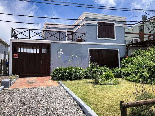 Casa En Alquiler 3 Dormitorios Con Piscina - Ref: 1115