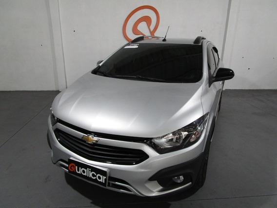Chevrolet Onix Activ Automático