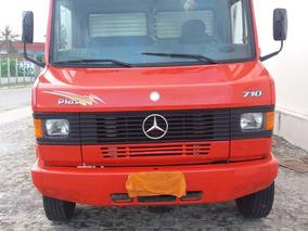 Mercedes / Mercedinha 710