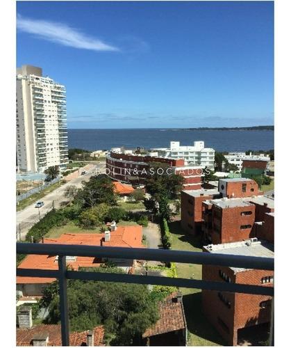 Apartamento A La Venta En Punta Del Este  Edificio  Sunrise- Ref: 1059