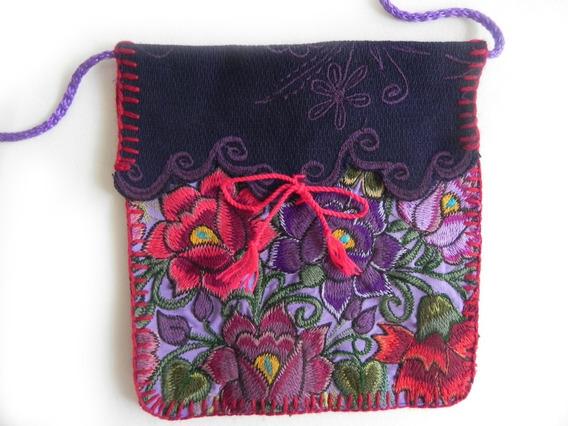 Bolsa En Bordado De Flores Artesanal Chiapaneco, Mod. #8
