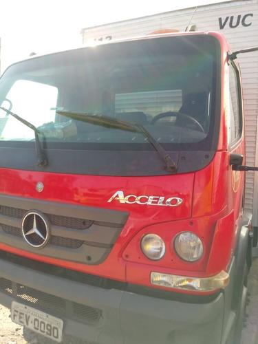 Mercedes Benz Accelo 1016
