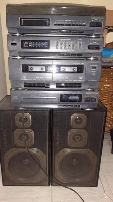 Equipo De Música Con 2 Bafles Grundig Ca-990