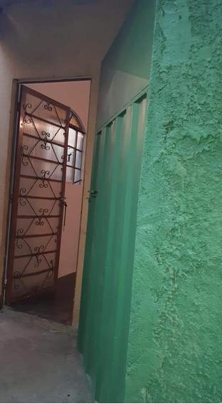Casa De 3 Quartos 2 Banheiros
