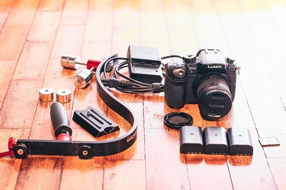 Câmera Panasonic Lumix Gh4 128gb 3 Baterias Steadycam Lente