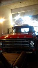 Camión Ford 7000. Excelente Estado.