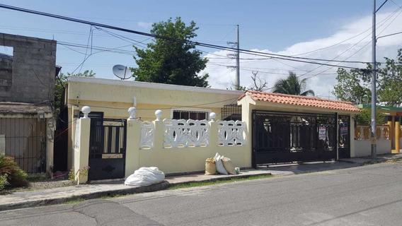 Casa En Villa Tropicalia