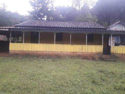 Chácara Com  Casa 5 Quartos,sala,cozinha  Banheiro