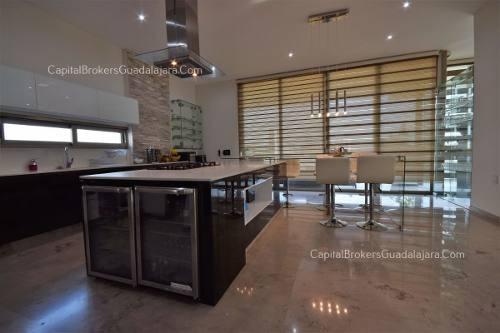 Casa En Condominio En Residencial Los Frailes, Zapopan