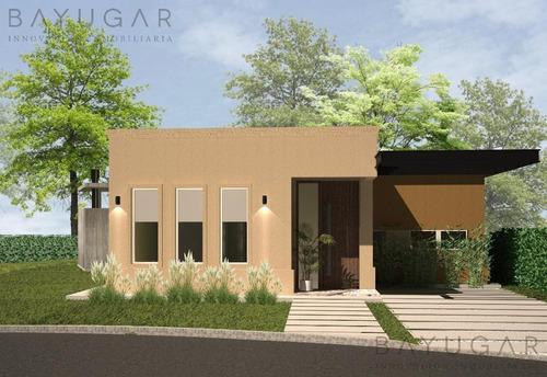 Venta - Casa En Santa Guadalupe - Bayugar Negocios Inmobiliarios