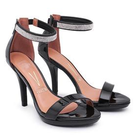 557a99e0e4 Sandalia Salto Fino Vizzano Preta Com Strass - Sapatos no Mercado ...