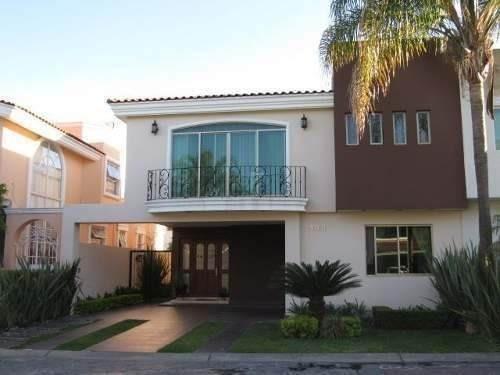 Casa En Venta En Valle Real Coto Las Rosas