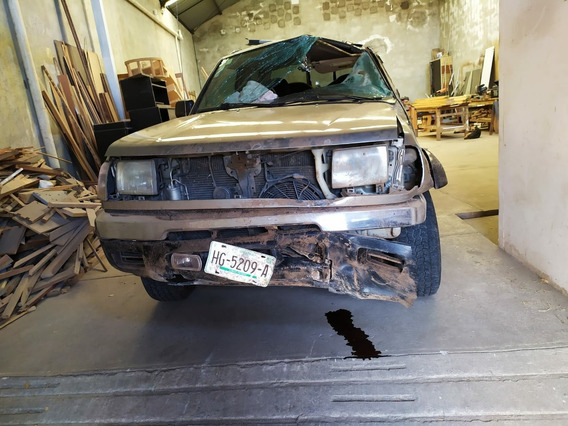 Nissan Frontier 2.4 Se 4x2 At 2000
