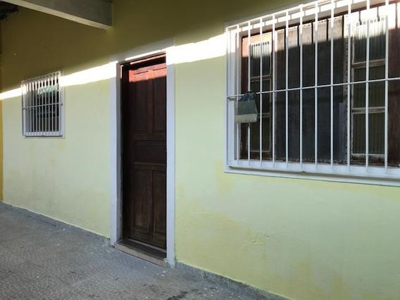 Casa 1 Dormitório - Praia Grande/aviação - 600m Da Praia