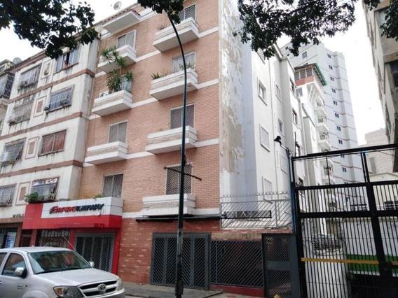 Apartamento En Venta Bello Monte Código 19-13926 Bh