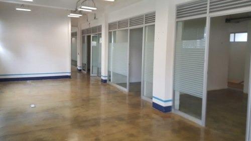 Oficinas Con Bodega Y Local Comercial | Col. Anáhuac Miguel