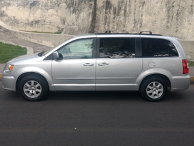 Chrysler Town & Country Lx 2011