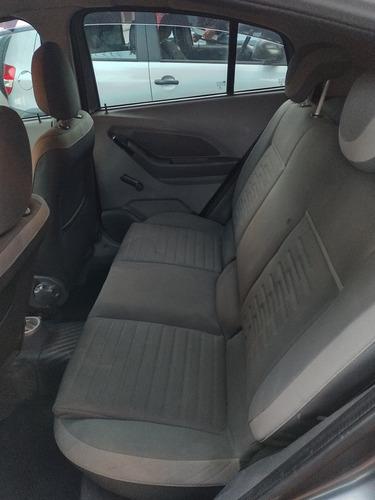 Imagem 1 de 7 de Chevrolet Agile 2013 1.4 Lt 5p