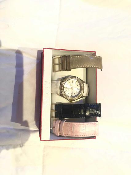 Reloj Guess Dorado Mujer
