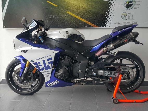 Yamaha R1 Con Yoshimura