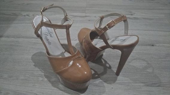 Sandália Mega Pata