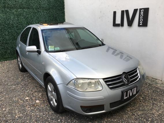Volkswagen Bora 1.9 Trendline Año 2008 - Liv Motors